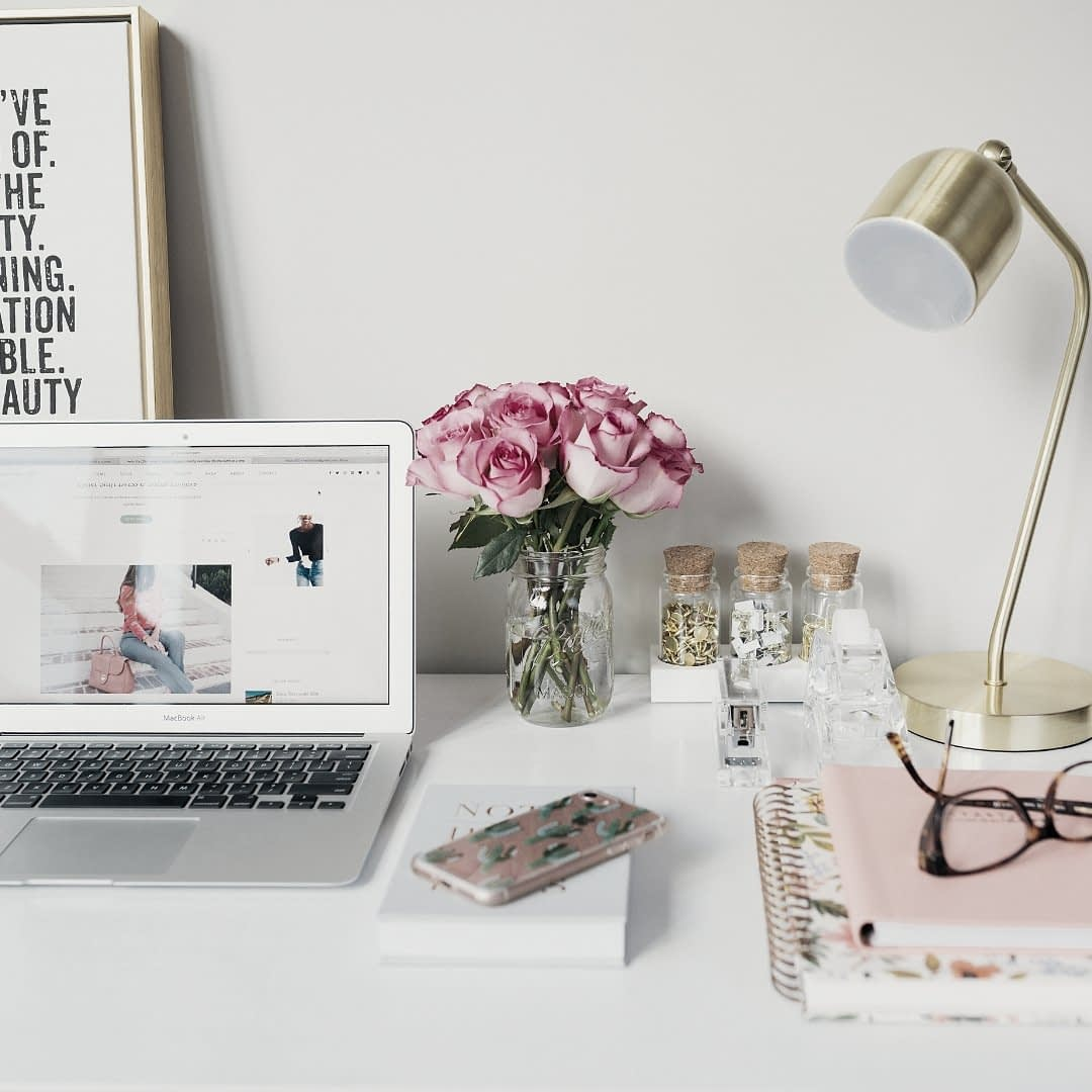 5 ways to stay motivated as a newbie blogger when your blog is not yet making any profits   The Side Blogger #blog #blogger #blogging #blogtips #bloggingtips #beginnerblogger
