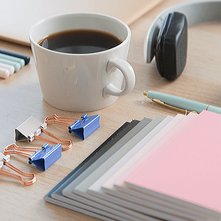 A list of blogging tools for increased efficiency and productivity.